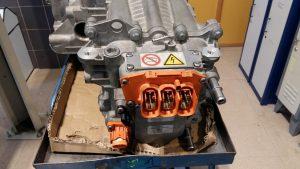 Conector trifásico. Motor eléctrico ZOE. Averías.